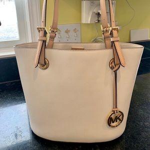 Michael Kors Cream leather tote USED